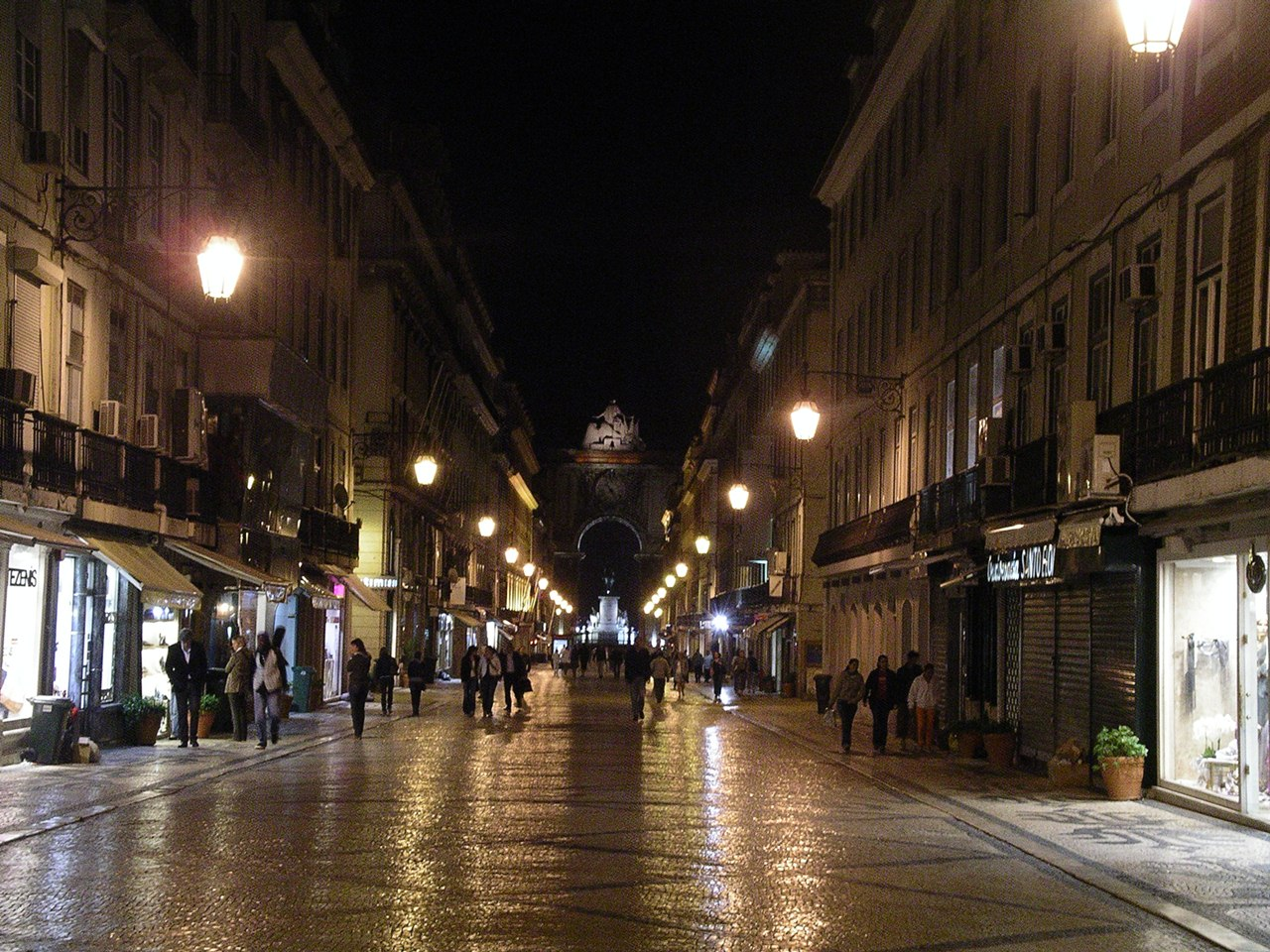 lisbon-nightlife_--003