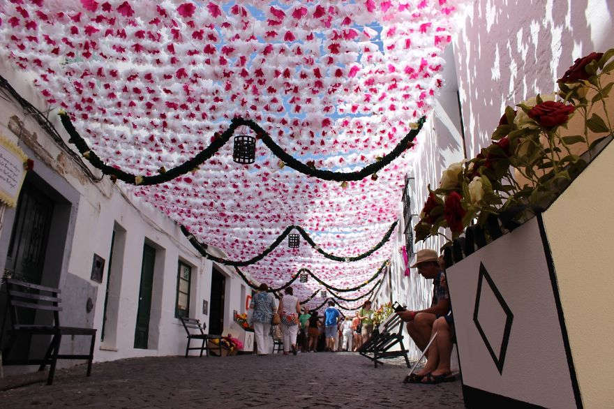 The City that has been Decorated with Colorful Paper-06