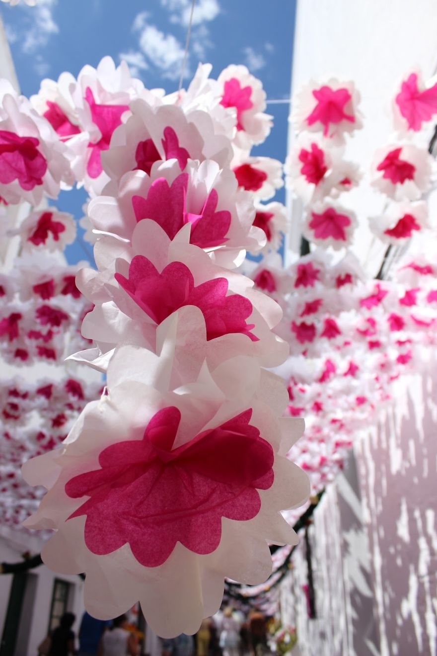 The City that has been Decorated with Colorful Paper-07