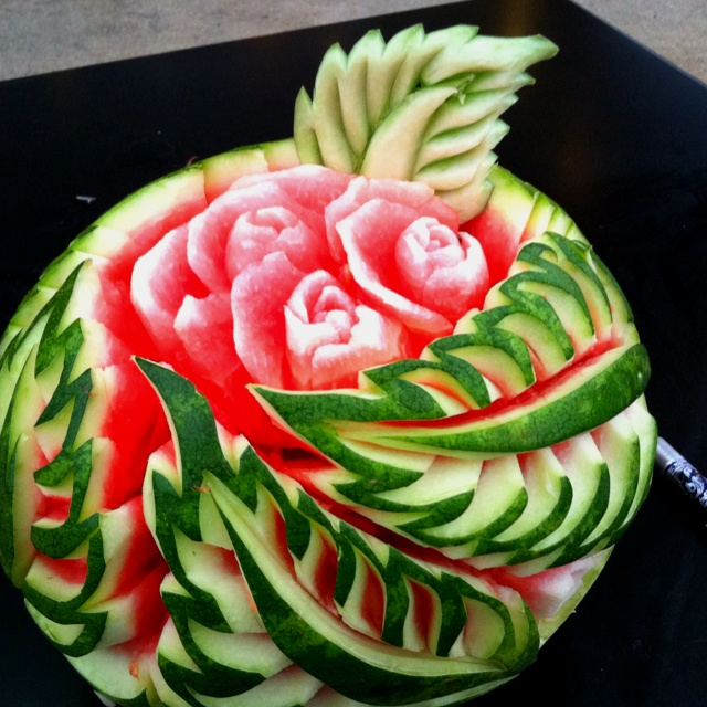 Watermelon-Carving-3(07)
