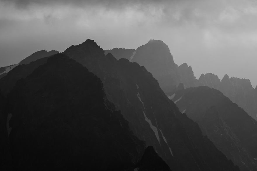 i-photograph-mountains-even-when-the-weather-is-bad__880_0010