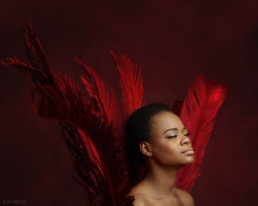 bread-seller-photobomb-modeling-contract-olajumoke-orisaguna-1_02